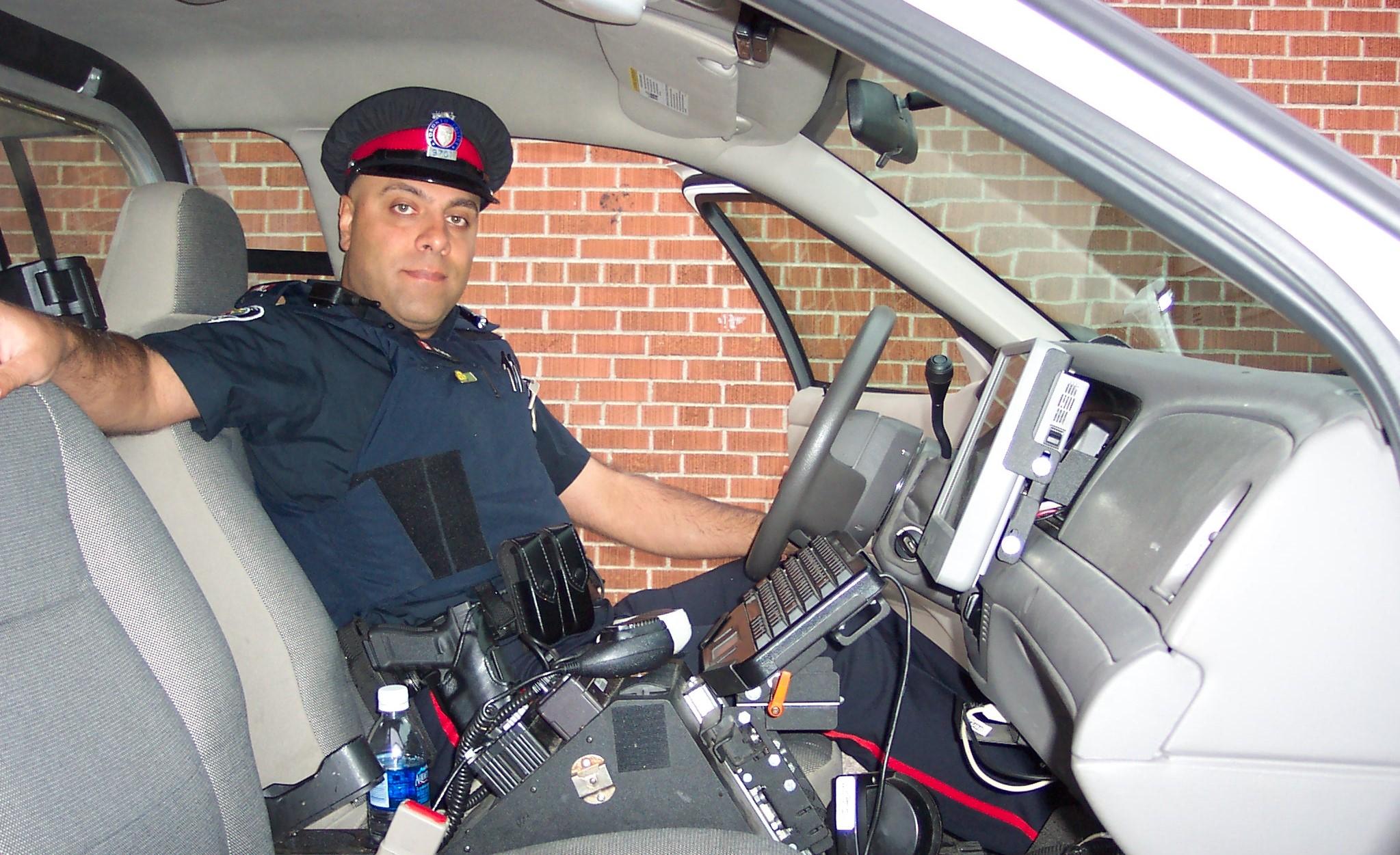 Mostafa Safari Police Officer Live show